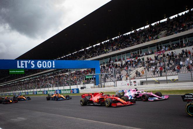 2020年F1第12戦ポルトガルGP 決勝スタートでのシャルル・ルクレール(フェラーリ)