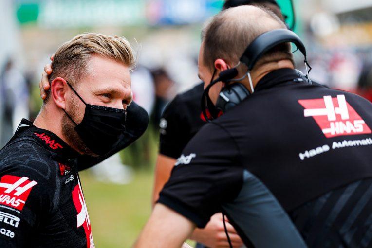 F1 | マグヌッセン「普通にレースをしていたら入賞の可能性はないので、雨やSCに賭けた」:ハース F1第12戦決勝