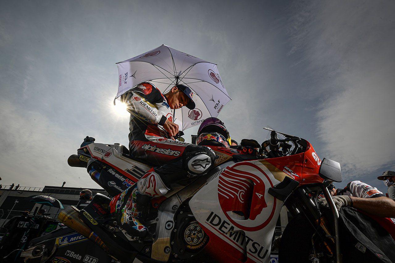 【レースフォーカス】中上が初めてのポールポジションで感じたもの……そしてスタート直後の5コーナー/MotoGP第12戦