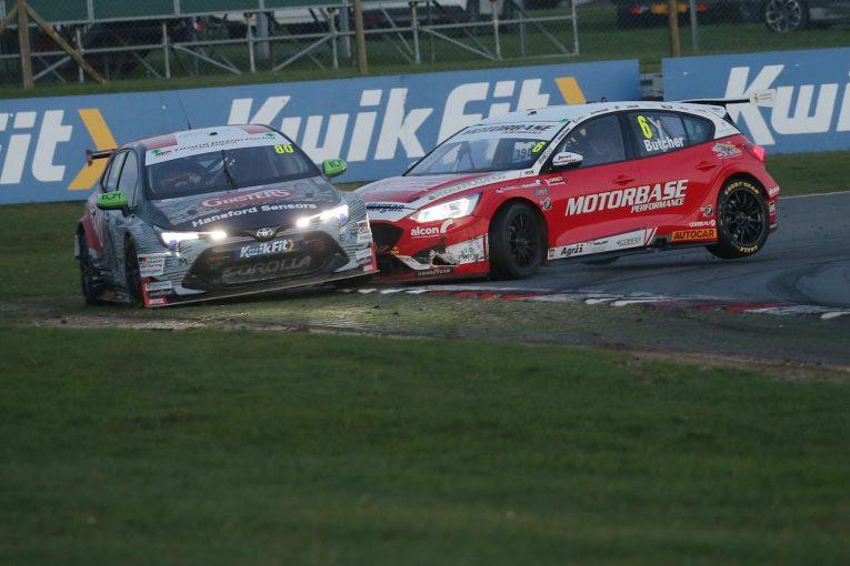 海外レース他   BTCC第8戦:タイトル候補カローラはクラッシュ。BMWの王者連勝で選手権首位に返り咲き