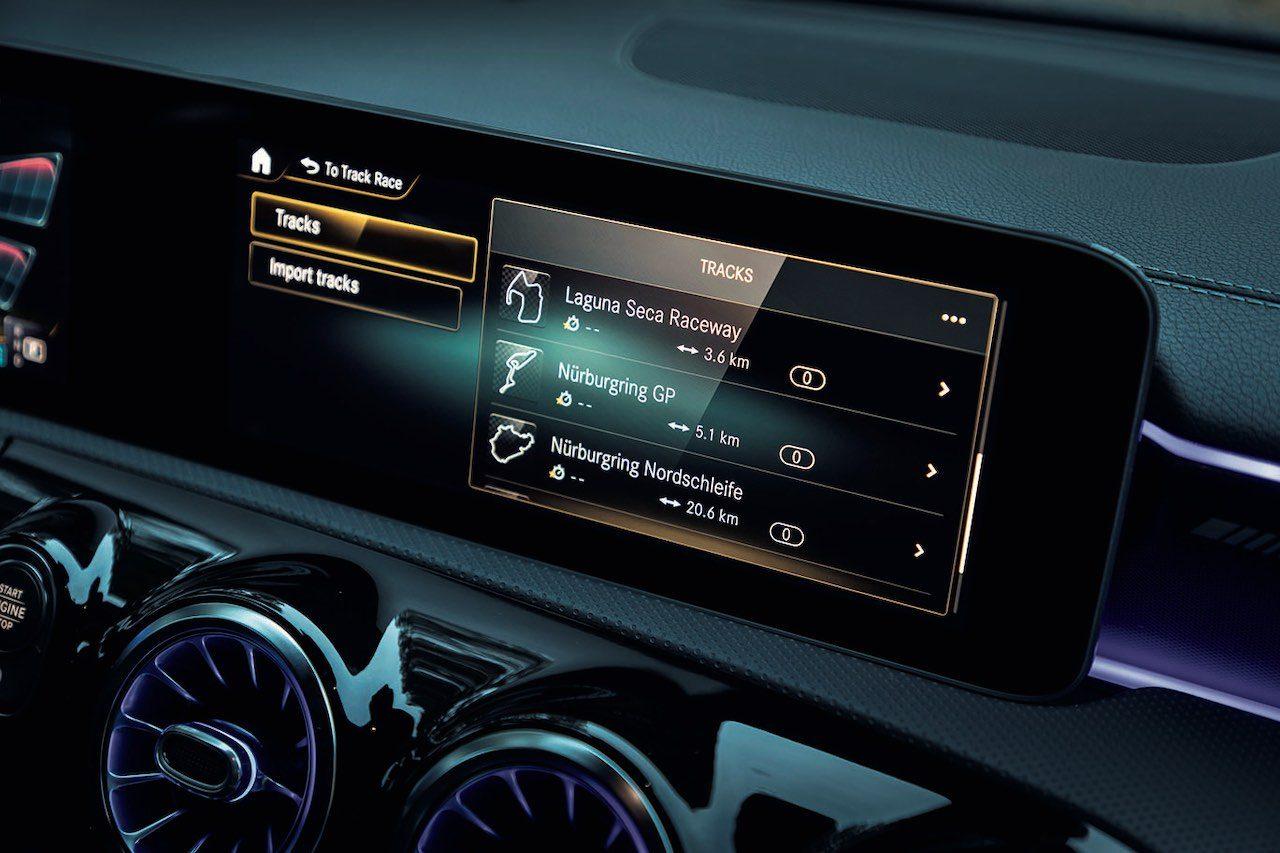 メルセデスAMGの最小SUV『GLA35 4MATIC』と、421PSの『GLA45S 4MATIC+』が登場