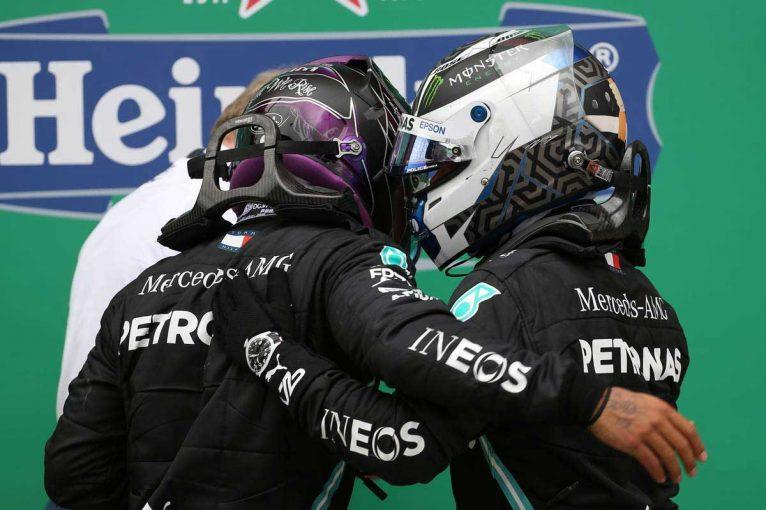F1 | 【F1第12戦無線レビュー(1)】「じゃあ、僕たちはソフトタイヤで行こう」の提案が却下されたボッタス