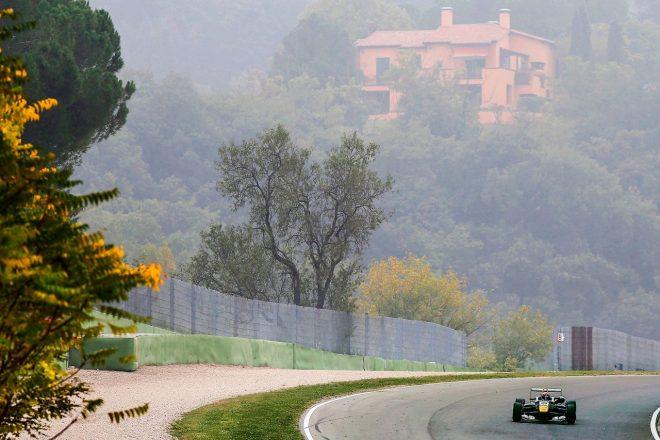 2014年F3時代にイモラを走行するマックス・フェルスタッペン