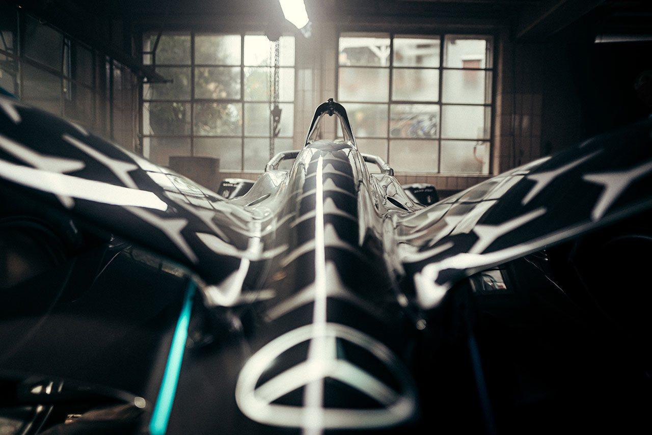 フォーミュラE:メルセデスがシーズン7マシンをお披露目。ドライバーはバンドーンとデ・フリースを継続g_D693926_3d5f9b7705b4afb