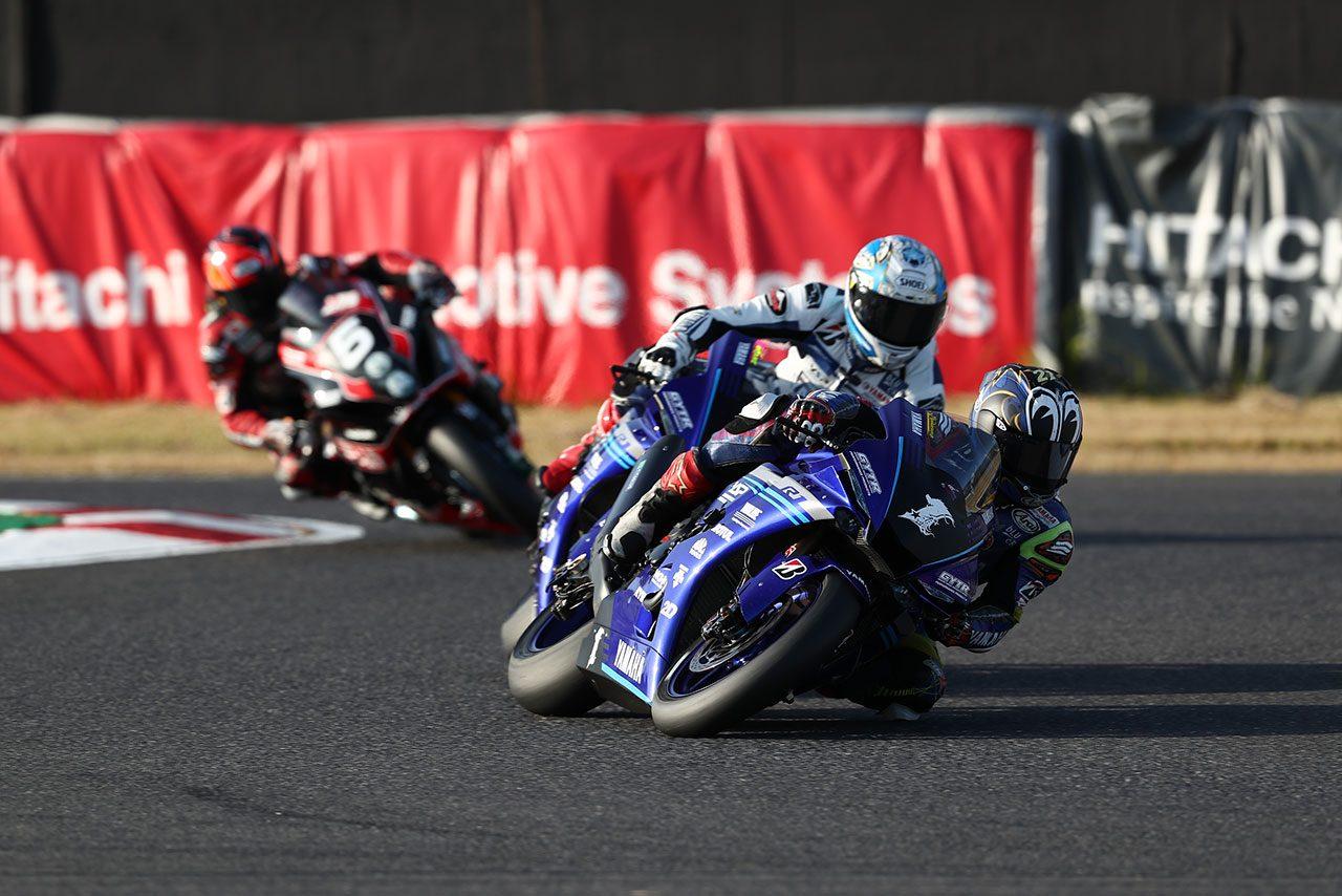 野左根、表彰台を獲得して最高峰クラス初王者に輝く。中須賀は今季初優勝/全日本ロード最終戦鈴鹿 JSB1000レース1