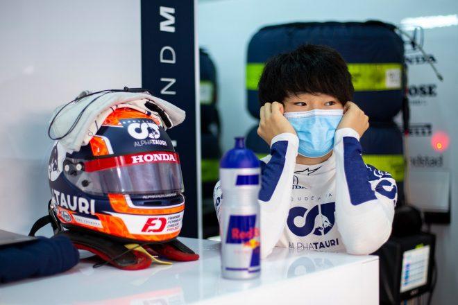 アルファタウリで初のF1テストに臨んだ角田裕毅