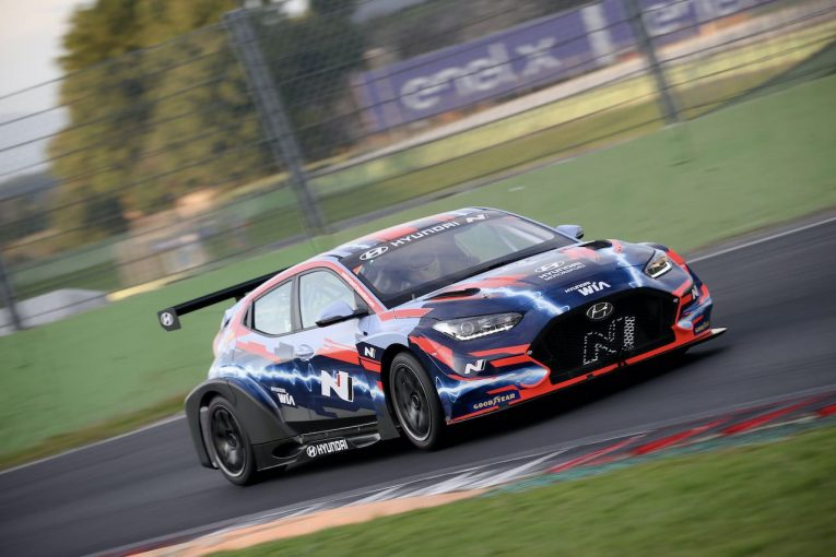 海外レース他 | ETCR:イタリア・バレルンガで公式テストを実施。ファーフス「すべてがポジティブ」
