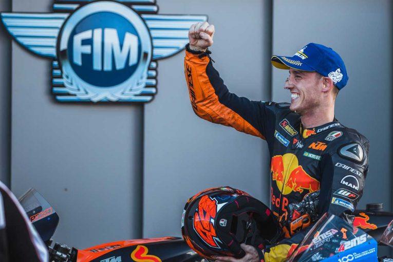 MotoGP   MotoGP第13戦:ウエットコンディションのなか、中上貴晶が2戦連続のフロントロウを獲得。ポールはP.エスパルガロ