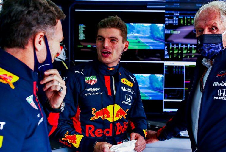 F1 | フェルスタッペン、レッドブルF1の300戦目トルコGPで好結果を狙う「メルセデスにプレッシャーをかけ続ける」
