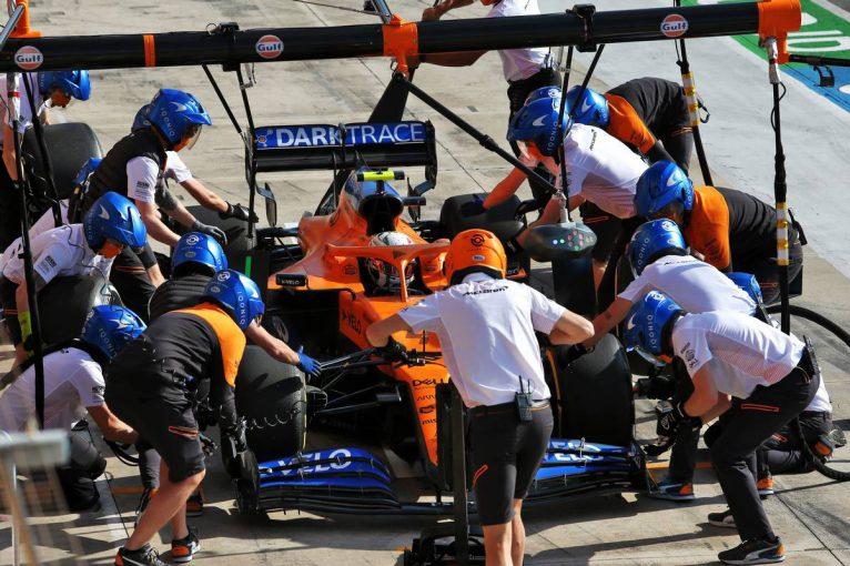 F1   コンストラクターズ選手権3位を狙うマクラーレンF1、争いの決め手は「新型コロナによる幸運と悪運」と警戒