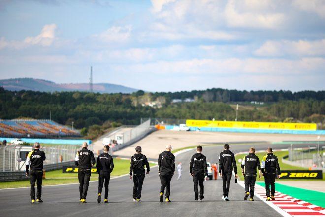 2020年F1第1戦オーストリアGP木曜 コース下見をするルノー