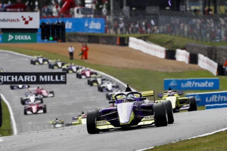 F1 | 女性ドライバーによるWシリーズ、2021年には8戦をF1のサポートイベントとして開催