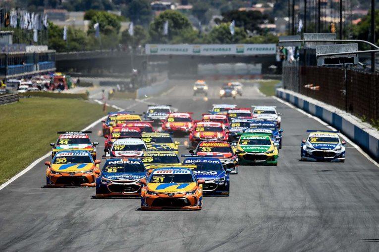 海外レース他   SCB第8-9戦:トヨタ・カローラ連勝で選手権首位キープ、ピケJr.も2位表彰台獲得
