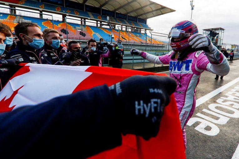F1   ストロールがメルセデスの連続ポールをストップ「最高の形でスランプから立ち直れた」レーシングポイント【F1第14戦】