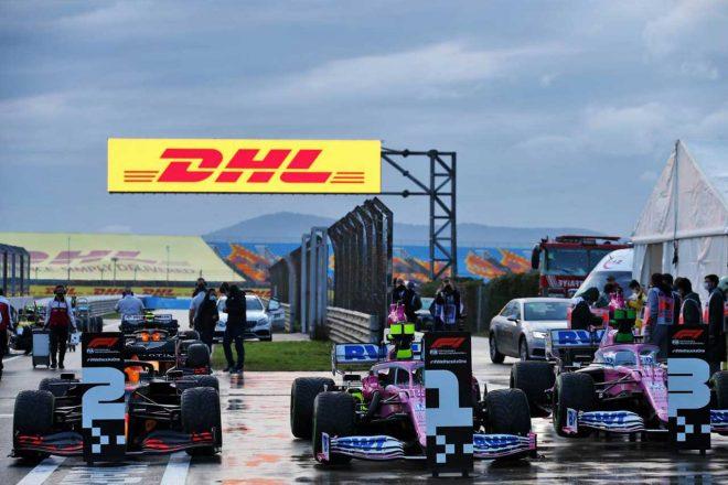 2020年F1第14戦トルコGP 予選後のランス・ストロール&セルジオ・ペレス(レーシングポイント)とマックス・フェルスタッペン(レッドブル・ホンダ)のマシン