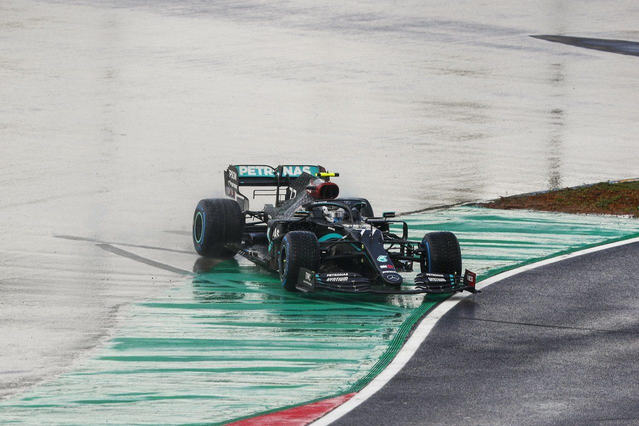 2020年F1第14戦トルコGP バルテリ・ボッタス(メルセデス)がスピン