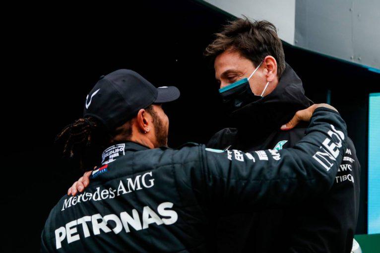 F1 | 【気になる一言】メルセデスF1代表「今日はベストなマシンではなかった」ミスなく走り切ったハミルトンに賛辞