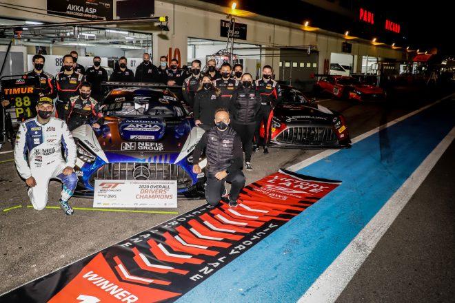 2020年GTワールドチャレンジ・ヨーロッパのドライバーズチャンピオンとなったティムール・ボグスラフスキ(AKKA ASP)