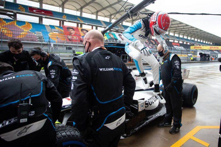F1   ラッセル「好結果が期待できそうだったが、インターに交換したらまったく機能せず」:ウイリアムズ F1第14戦決勝