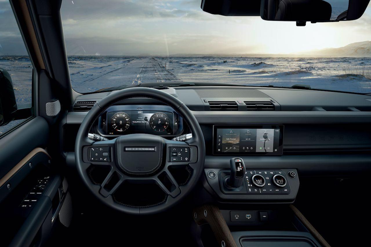 ランドローバー、新型『DEFENDER』21年モデルで直6ディーゼルMHEVや新グレードを追加