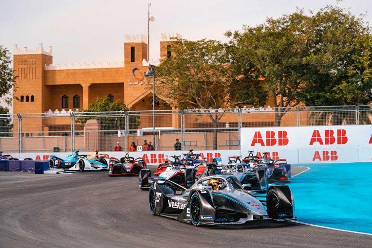 海外レース他 | フォーミュラE:サウジアラビアでの第3~4戦が初のナイトレースに。最新の低消費LED技術を使用
