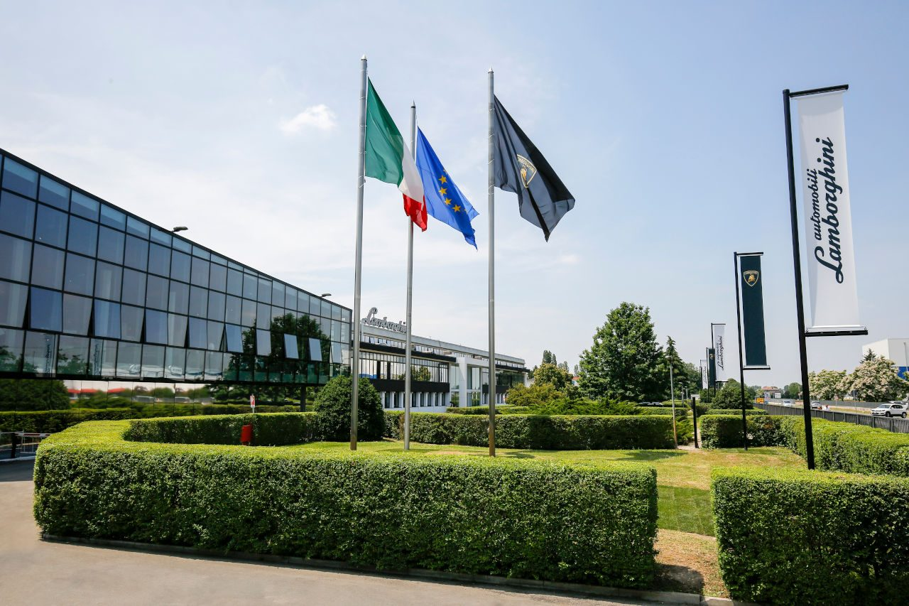 ランボルギーニ、F1新代表就任のドメニカリ後任を発表。ヴィンケルマン氏がブガッティ社長と兼任へ