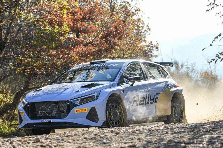 ラリー/WRC | WRC:ヒュンダイ、新型『i20 Nラリー2』のテストを開始。王者タナクも初ドライブ