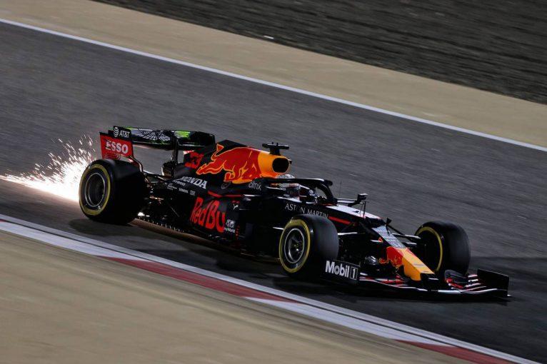 F1 | レッドブル・ホンダ分析:初日は好調な滑り出し。外周レイアウトの予選は渋滞とブラインドコーナーの処理がカギ