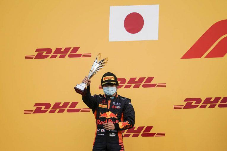海外レース他 | 日本の希望、F1への権利確定。角田裕毅が最終戦見事な追い上げで2位&ランキング3位【FIA-F2第12戦バーレーン レース2】