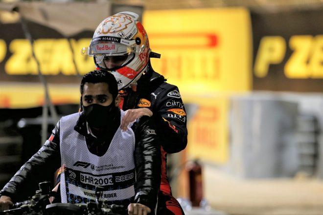 2020年F1第16戦サクヒールGP決勝 アクシデントに巻き込まれる形でリタイアしたマックス・フェルスタッペン(レッドブル・ホンダ)