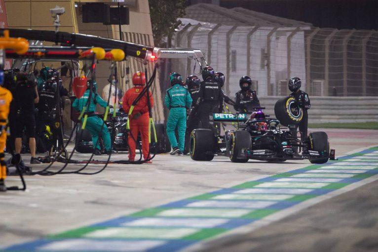 F1   【気になる一言】メルセデスF1、ラッセル担当クルーに指示が届かなかった理由が判明。最終戦に向け対策も