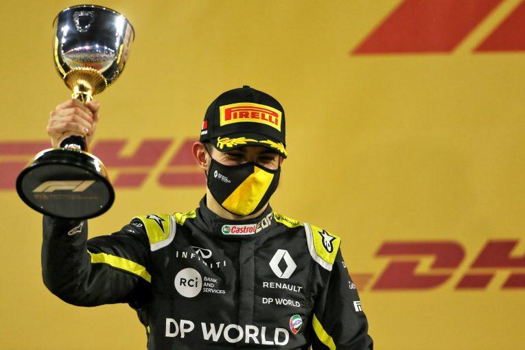 F1 | オコンが2位で初表彰台「タフな状況のなか自分を信じ続け、ついに報われた」ルノー【F1第16戦決勝】