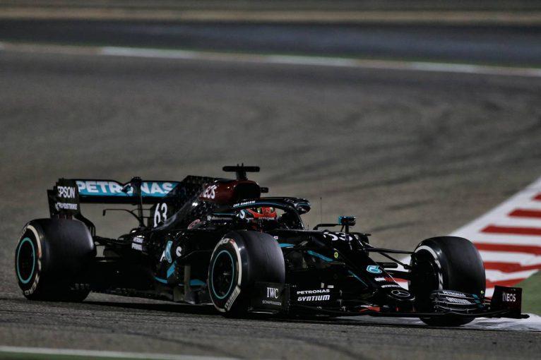 F1   【F1第16戦無線レビュー(2)】まさかのタイヤ交換ミスにボッタスも混乱「どっちのタイヤが装着されている?」