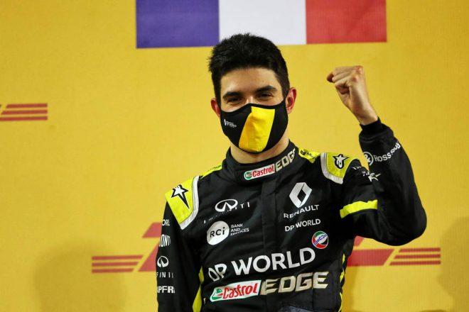 2020年F1第16戦サクヒールGP 2位表彰台のエステバン・オコン(ルノー)