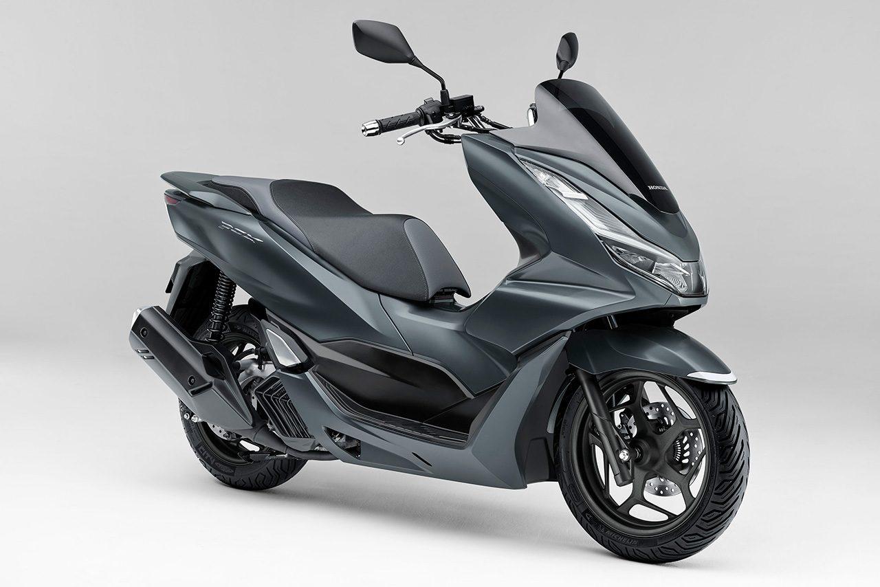 ホンダ、PCX/PCX160/PCX e:HEVのスクーター3モデルをフルモデルチェンジして1月28日に発売