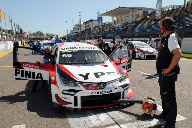 海外レース他 | STC2000第6戦:好調トヨタ勢が表彰台制圧。サンテロ&ロッシのカローラがワン・ツー達成