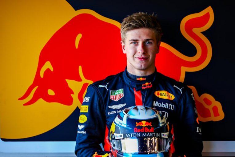 F1 | レッドブル育成ビップスがアブダビでF1テストデビュー。リザーブのブエミとともに現行RB16をドライブへ