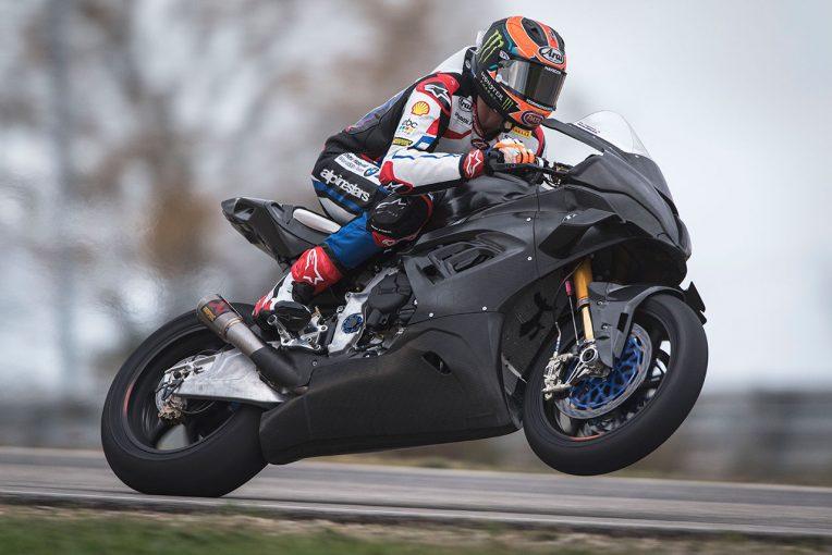 MotoGP   SBK:マイケル・ファン・デル・マーク、フランスでBMW M1000RRに初ライド
