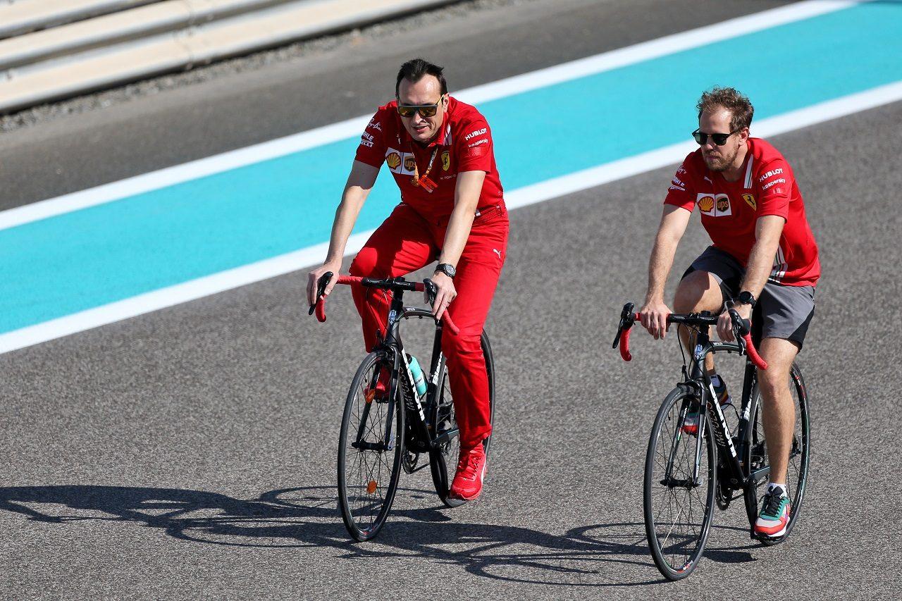2020年F1第17戦アブダビGP セバスチャン・ベッテル(フェラーリ)がコース下見