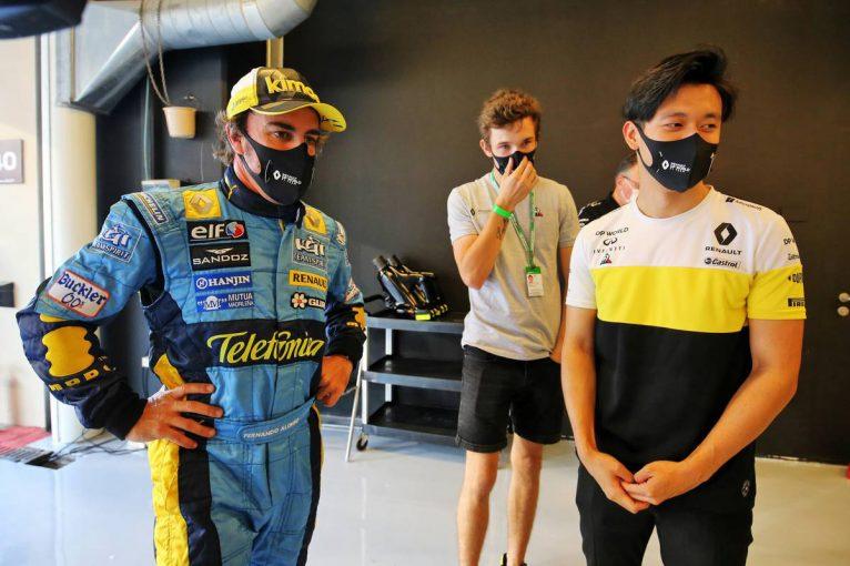 F1   アルピーヌF1「アロンソはチームに刺激を与える」若手ドライバーへの知識と経験の共有に期待