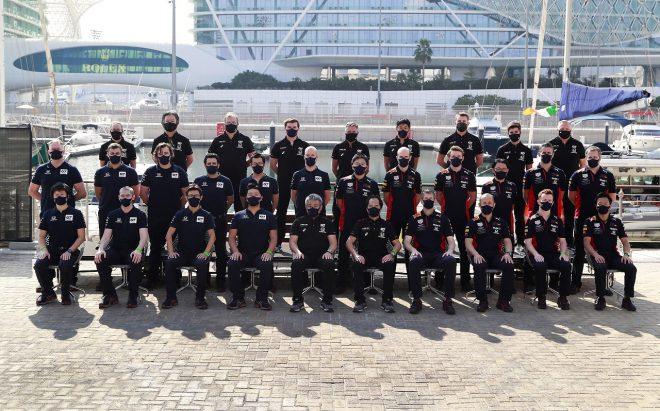 2020年F1第17戦アブダビGP 最終戦にホンダF1が記念撮影