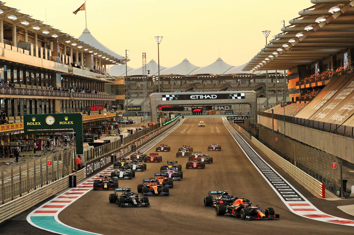 2020年F1第17戦アブダビGP スタートシーン