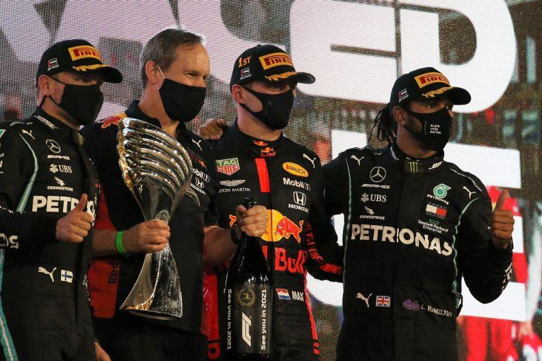 F1   ハミルトン3位「レッドブルとメルセデス4台の戦いになったのは、F1にとって素晴らしいこと」【第17戦決勝】
