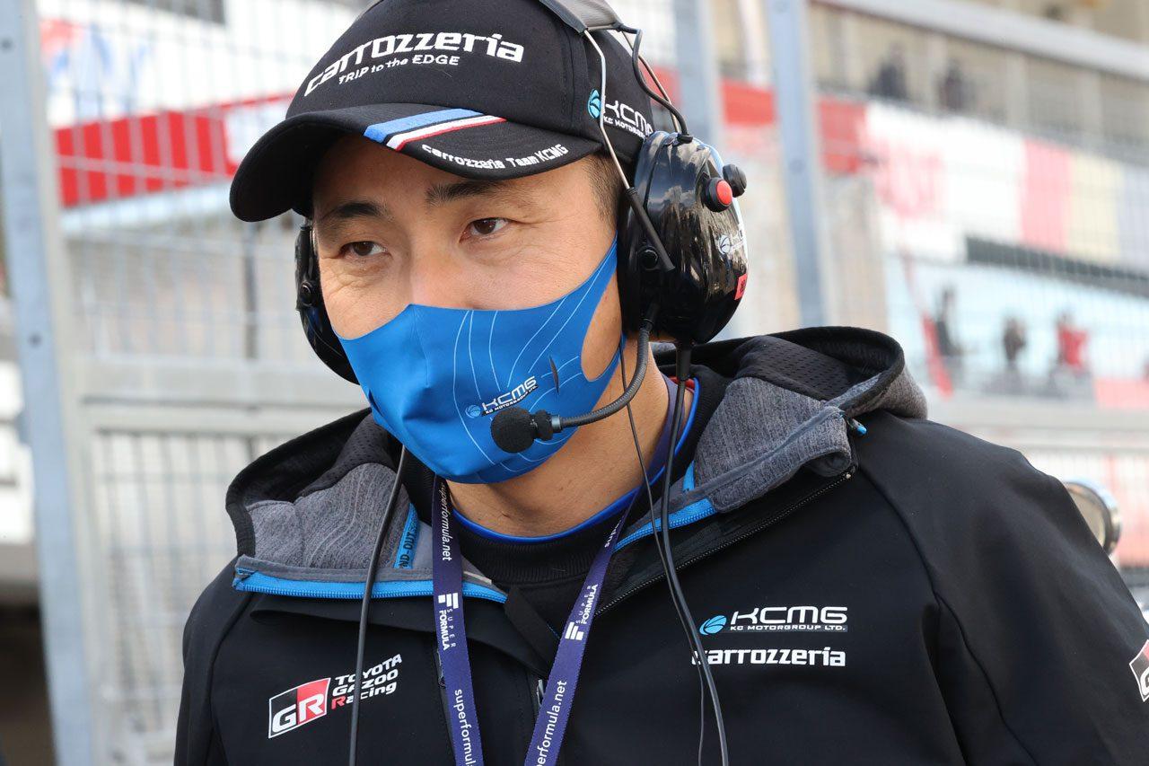松田次生監督(carrozzeria Team KCMG)
