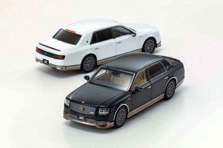インフォメーション   世界に2台、豊田章男社長も愛用の『トヨタ・センチュリーGRMN』を京商がモデル化