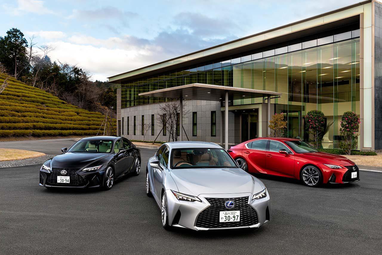 【新車試乗】レクサス新型IS登場。ボディサイズ変更とトヨタ新テストコースで鍛えた走りでFRスポーツを極める