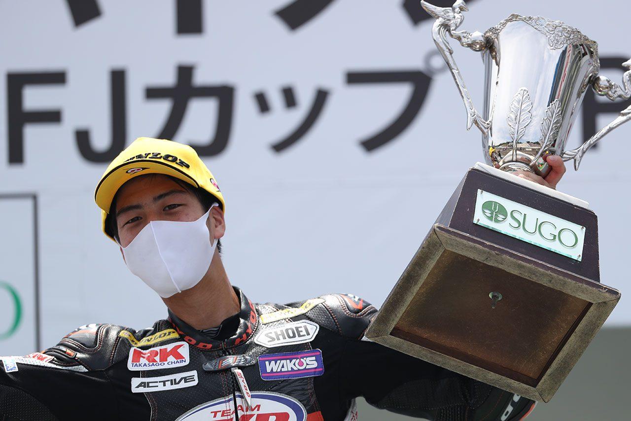 全日本ロード:チームの参戦辞退を受けプライベートチーム設立。逆境乗り越え王座をつかんだ村瀬健琉/チャンピオン特集
