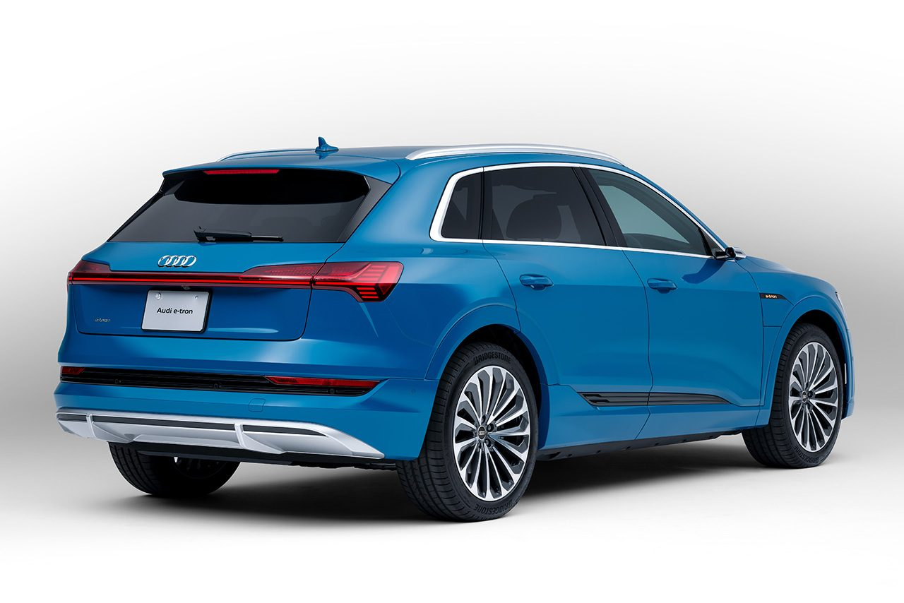 アウディ電気自動車e-tronに新グレード『50 quattro』を追加。満充電での航続距離は316km