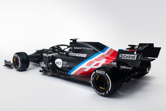 アルピーヌF1チーム 2021年型マシン『A521』の冬仕様カラーリング