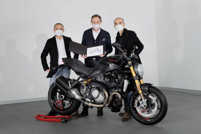 MotoGP | ドゥカティが1992年に発売したモンスターが生産累計35万台を達成。記念すべき35万台目はモンスター1200S